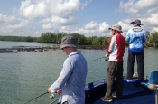 thumbs_1959525_381991658617251_6959352542153388070_n Flats Fishing / Sight Casting